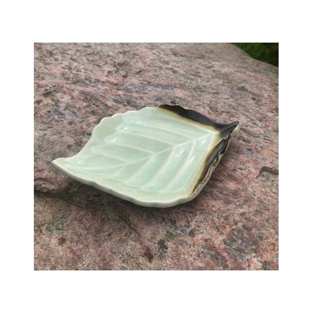 Lysestage Formet som et blad lysegrøn