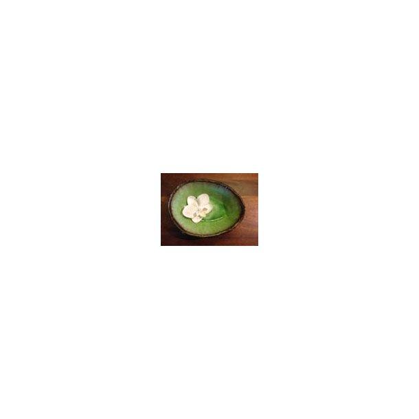 Lille skål med grøn inderside