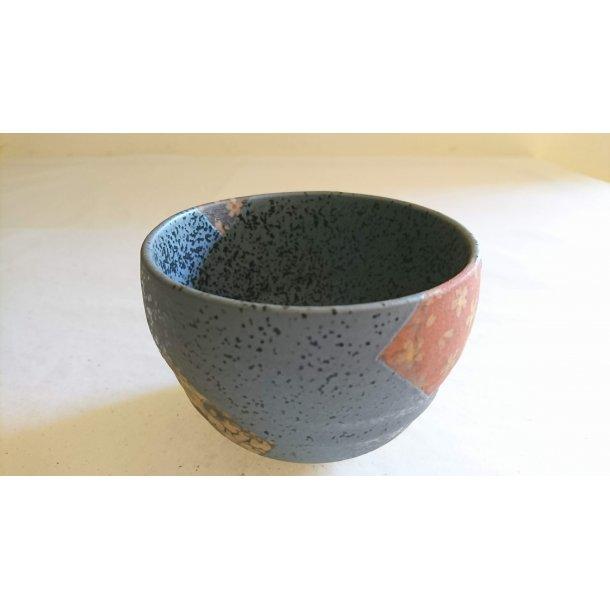 Rund skål, sort med patchwork