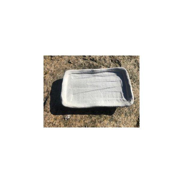 hvid tallerken regtangulær