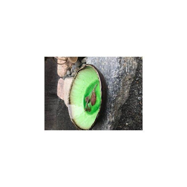 lille aflang skål med grøn blank glaur