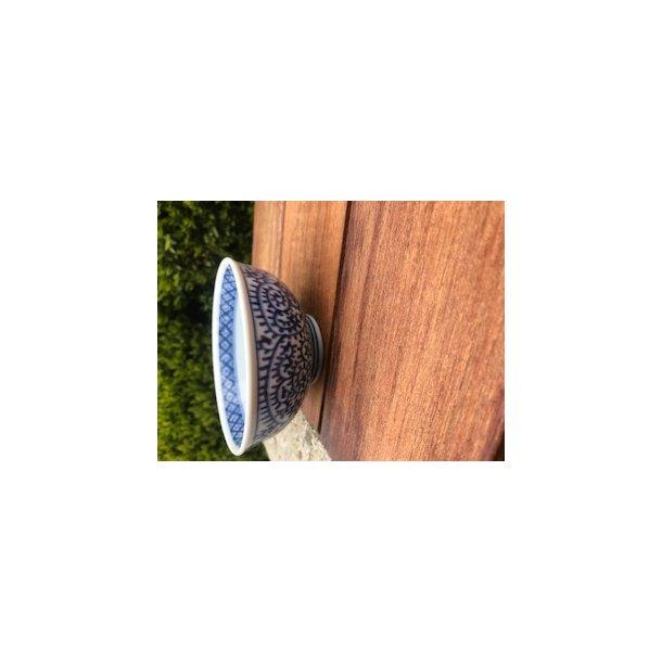 Risskål med blåt sneglemønster