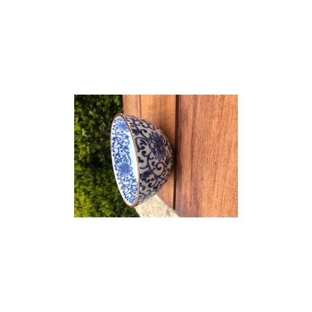 Risskål med blåt mønster